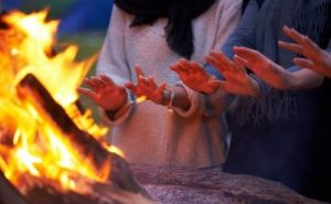 best way to stay warm in camping tent